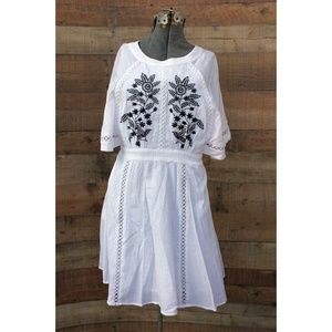 Nanette Lepore White Gauze Embroidered Dress Sz 10